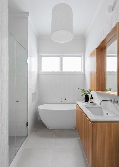 Contemporary Bathroom by Sheri Haby Architects