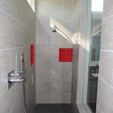 Contemporary Bathroom by Scott Bunney Architect