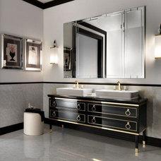Traditional Bathroom by Nella Vetrina