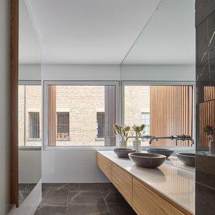Luxe Urban Residence - Family Bathroom