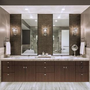 Idee per una stanza da bagno padronale minimal di medie dimensioni con ante lisce, ante in legno bruno, piastrelle grigie, piastrelle in pietra, top in onice, pavimento grigio e top grigio