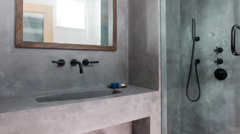 Luxurious Bespoke Bathroom Walls with Oslo Grey in Satin Finish - Wapping London
