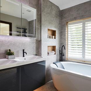 LUXURIOUS ENSUITE BATHROOM IN ESHER