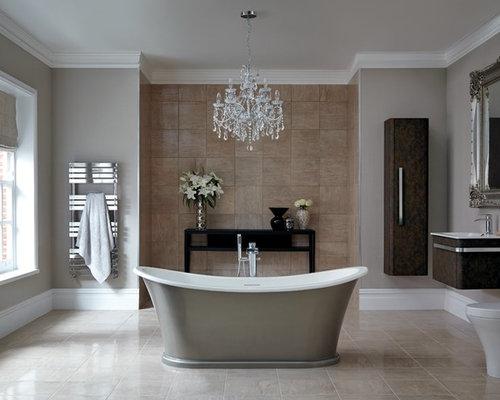 badezimmer mit braunen fliesen und toilette mit aufsatzsp lkasten ideen design bilder houzz. Black Bedroom Furniture Sets. Home Design Ideas