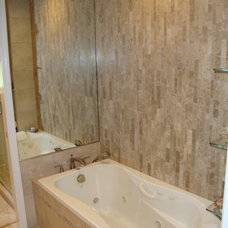 Traditional Bathroom by Justina Auer (Columbia CabinetWorks)