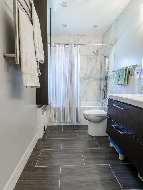 salle de bain avec sol en stratifi et carrelage en mosa que photos et id es d co de salles de. Black Bedroom Furniture Sets. Home Design Ideas