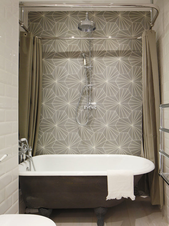 SaveEmailTub Shower Combo Design Ideas  Remodels   Photos with a  . Free Standing Tub Shower Combo. Home Design Ideas