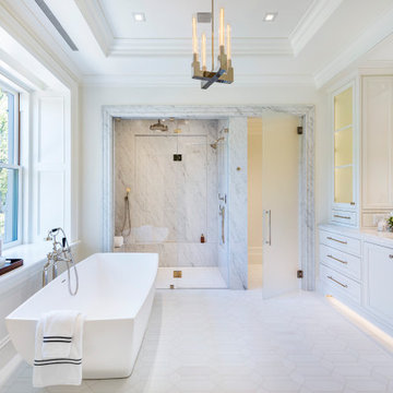 Luxury Master Bath with Soaking Tub