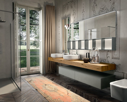 Superior Example Of A Large Minimalist Master Dark Wood Floor Bathroom Design In New  York With A