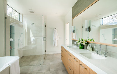 Homeowners Focus on the Shower in Master Bathroom Remodels