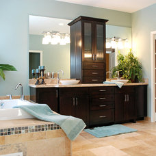 Contemporary Bathroom by M.J. Whelan Construction