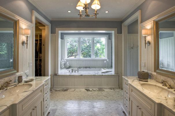 Tropical Bathroom by Mackle Construction
