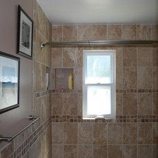Tropical Bathroom by maclyn