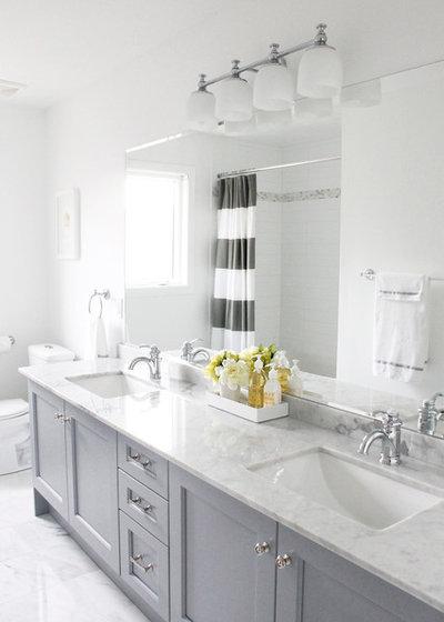Traditional Bathroom by AM Dolce Vita