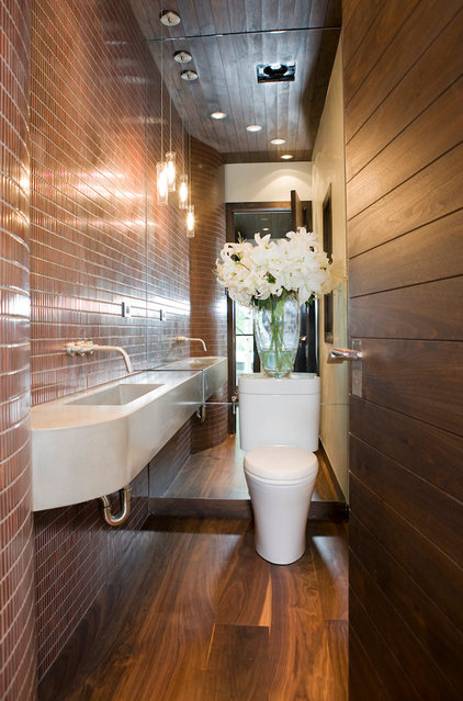 contemporary bathroom by Studio Frank