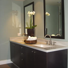 modern bathroom by MM DESIGN ASSOCIATES