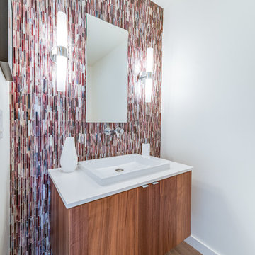 Mandeville Canyon Mid-Century Bathroom