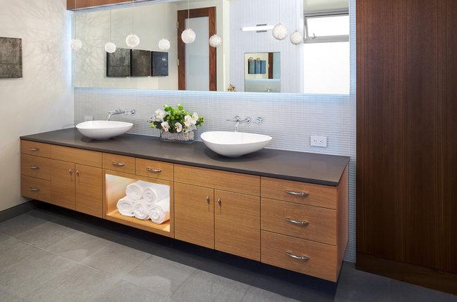 Modern Bathroom by Michael Lee Architects