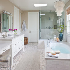beach style bathroom by Wendy Resin Interiors