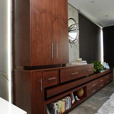 Modern Bedroom by Custom Design & Construction