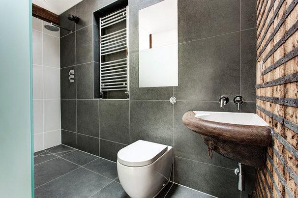 Contemporary Bathroom by AR Design Studio Ltd