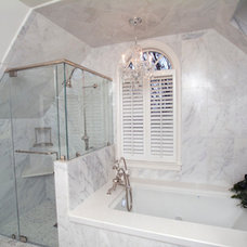 Traditional Bathroom by Homelink