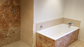 Marble panelling in Burdur Rose in a bathroom