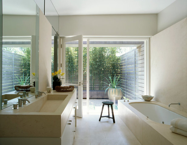 Contemporary Bathroom by Dirk Denison Architects