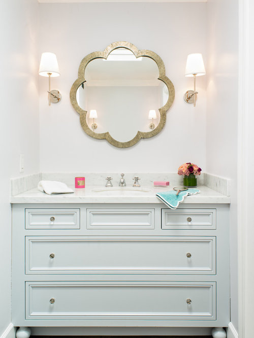 Elegant Example Of A Transitional Kidsu0027 Bathroom Design In San Francisco With An  Undermount Sink,