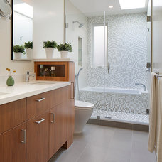 Contemporary Bathroom by McElroy Architecture, AIA