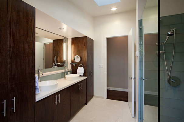 Contemporary Bathroom by sagemodern