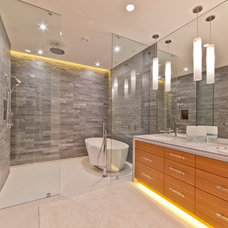 Contemporary Bathroom by Kelly and Stone Architects - Tahoe