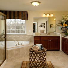 Traditional Bathroom by Beazer Homes