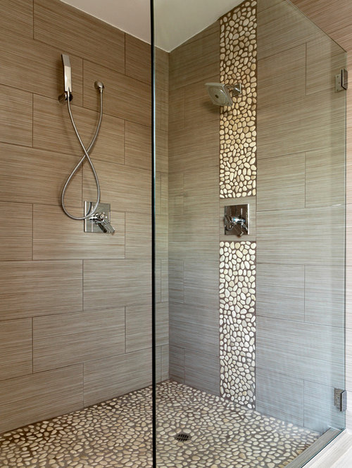 Bathroom design ideas renovations photos with pebble for Houzz com bathroom tile