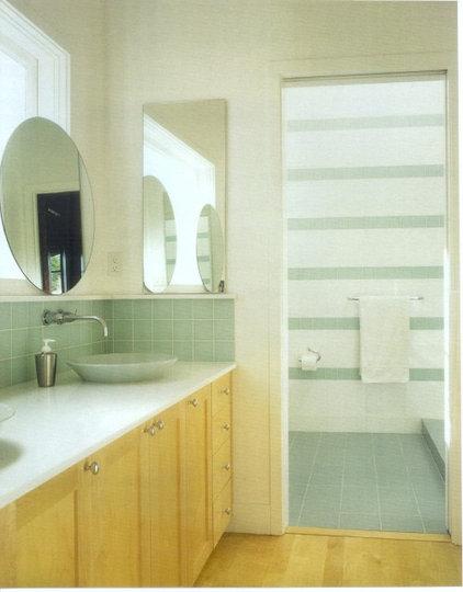 Contemporary Bathroom by Mascheroni Construction