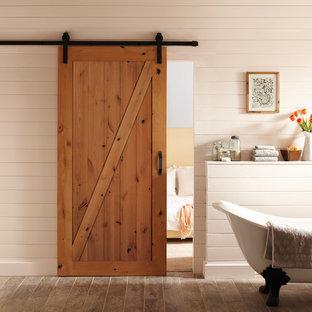 Foto di una stanza da bagno stile americano