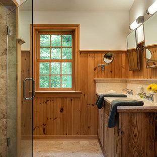 Foto di una stanza da bagno country con piastrelle beige
