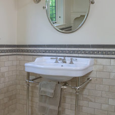 Traditional Bathroom by Frank Shirley Architects