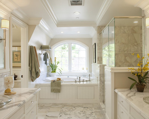 Example Of A Classic Bathroom Design In San Francisco With A Vessel Sink