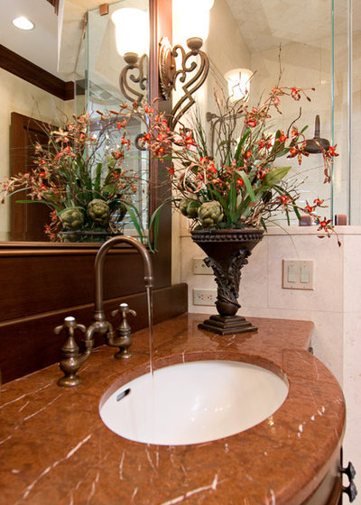 Popular Traditional Bathroom by In Detail Interiors