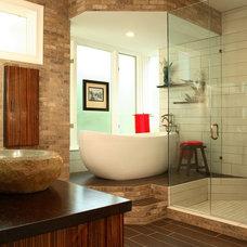 Modern Bathroom by Design Theory Interiors of California, Inc