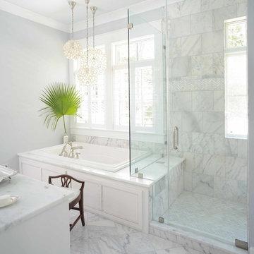 Master bath featuring minimalistic details