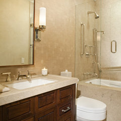 contemporary bathroom by Forum Phi