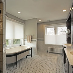 traditional bathroom by Ginkgo House Architecture