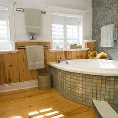 contemporary bathroom by Pine Street Carpenters & The Kitchen Studio