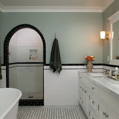 traditional bathroom by Kiyohara Moffitt