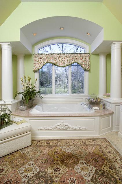 Traditional Bathroom by Maureen Fiori, AKBD, Allied Member ASID, CAPS