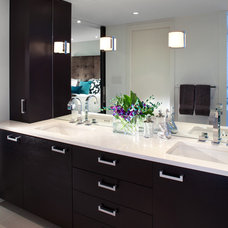 Modern Bathroom by Meister Construction Ltd