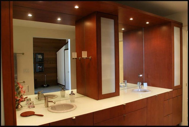 Contemporary Bathroom by Nancy Evans, Allied ASID