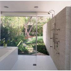 Modern Bathroom by nonzero\architecture